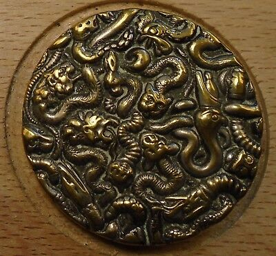 "NICE 1 1/16"" French Tight Top Creatures Brass Antique Button 696:8"