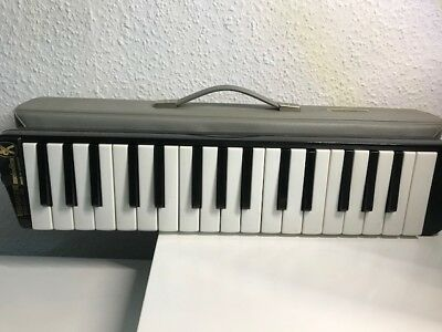 Original Hohner melodica piano 32 Made in Germany ansehen