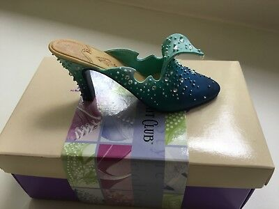 Just the Right Shoe Club by Raine THE WAVE #    25060 Willetts Design