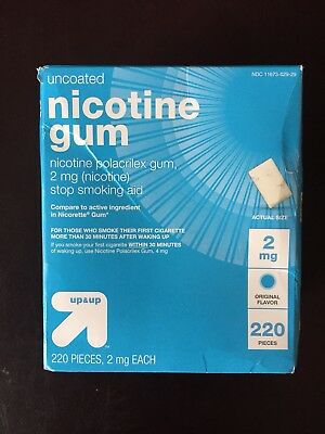 NIB Up & Up Uncoated Nicotine Gum 2mg Stop Smoking Aid 220 Pieces Exp 07/2019