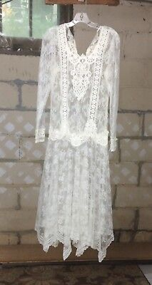 Vintage Lace Wedding Dress Size Small White Netting and Lace Handkerchief Hem