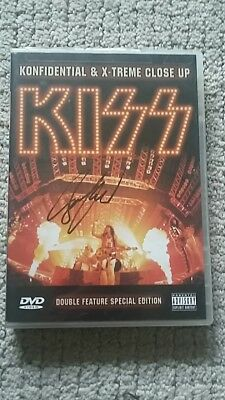 Kiss konfidential/extreme closeup signed by bruce kulick