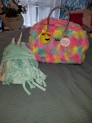 Justice Furry carry on Rainbow luggage w/LIGHT up rollers & unicorn blanket NWT