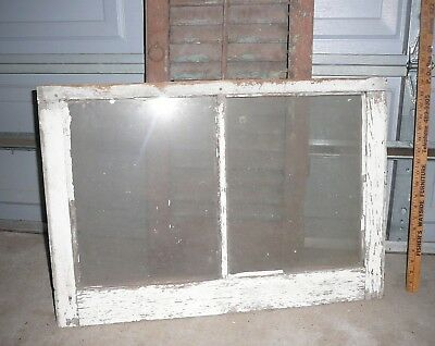 """Nice! Large Glass Panes in this Vintage Wood Sash Frame 28x19"""" Antique Window"""