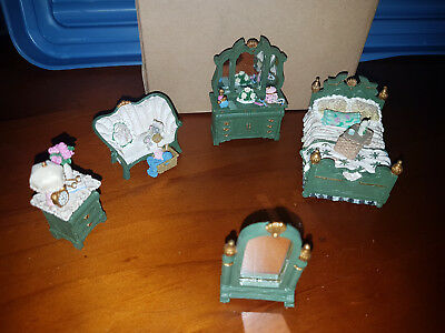 Victorian Miniature Dollhouse Furniture - The Bedroom - BRAND NEW