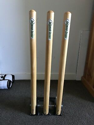 Retractable Cricket Stumps