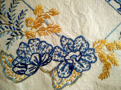 Lovely Blue Flowers & grasses ~ Vintage Hand embroidered Centrepiece