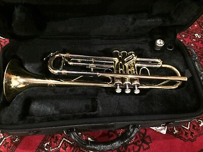 Trumpet, USED Jupiter JTR-606M Trumpet with Case, cleaning kit, stand, mute & CD