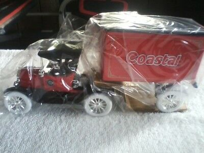 Rare Vintage Ertl Coastal 1918 Ford Runabout Tractor-Trailer Truck Bank New