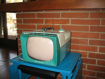 1957 General Electric 9T002 Vintage Portable TV GE Small