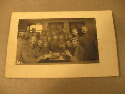 Kaserne 1916 Privatpostkarte Soldatengruppe,Uniform -Antic Soldier 1.WK