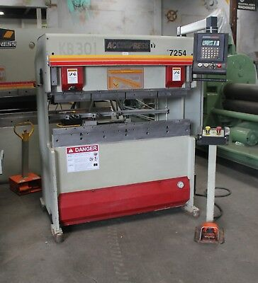 25 Ton x 4' Accurpress CNC 2 Axis Hydraulic Press Brake Sheet Metal Bender 1999