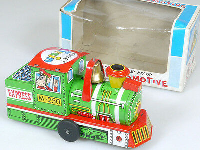 Yone 2055 Crazy Locomotive Monkey Train Wind Up Blech Japan OVP 1402-21-05