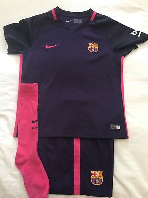 Young Boys Barcelona FC Away Kit 7-8 Years XL Good Condition