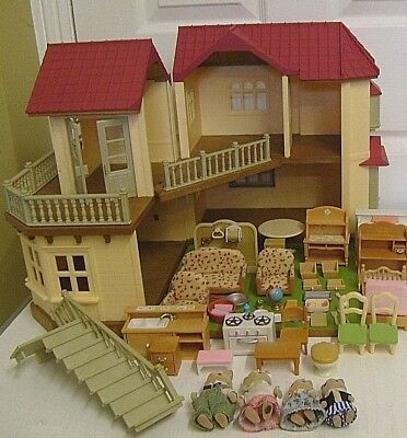 Sylvanian Families Beechwood Hall House Fully Furnished With Family