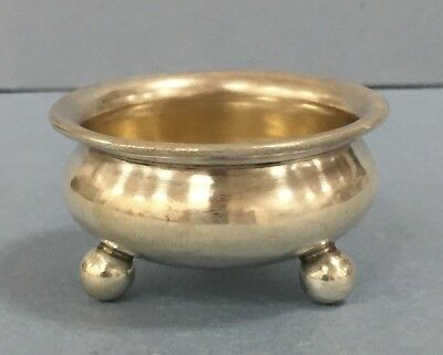 Vintage Small Footed Bowl 14.4 Grams 1.5 Inch Diameter #T149