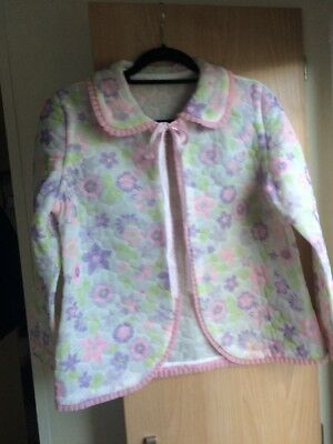 """Vintage Quilted Bed Jacket To Fit Up To 40"""" Chest"""