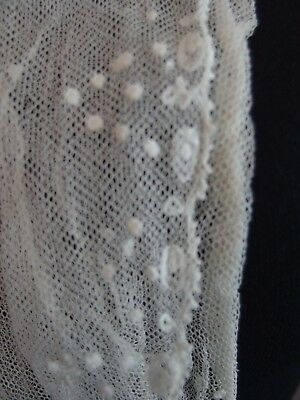 antique embroidered net lace dress front collar Tambour?