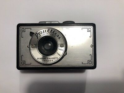 """Bernard Products, Chicago Ill. """"Faultless"""" Miniature Camera"""