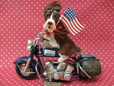 Handsculpted L/W English Springer Spaniel 4th of July Parade Motorcycle Figurine