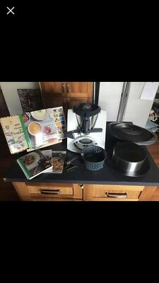 Thermomix TM31 - EXTRAS INCLUDED