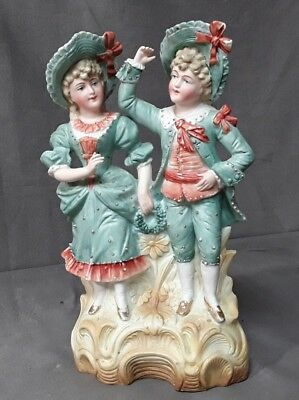 STATUETTE FIGURINE COUPLE  EN BISCUIT POLYCHROME 20 éme