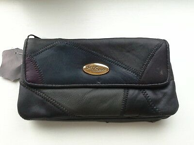 Ladies Soft Leather Purse by Le Todou' - Real Leather with Man Made Material