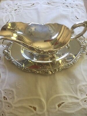 Wallace BAROQUE SILVERPLATE (OLDER) Gravy Boat & Underplate 9440563