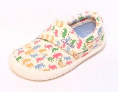 """Clarks baby boy """"CHOC ICE"""" cotton canvas crawling shoes size 3F.New"""