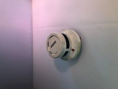 Hekatron Smoke Detector Hold-Open System Model ors132 USED