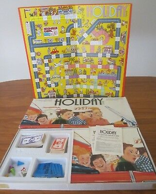 1981 Vintage ~Holiday~ Vintage Murfett Board Game - Very Good Preloved Condition