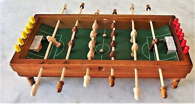 MINIATURE Travel TABLETOP FOOTBALL GAME FOOSBALL SOCCER TABLE 28cm x 13cm x 7cm