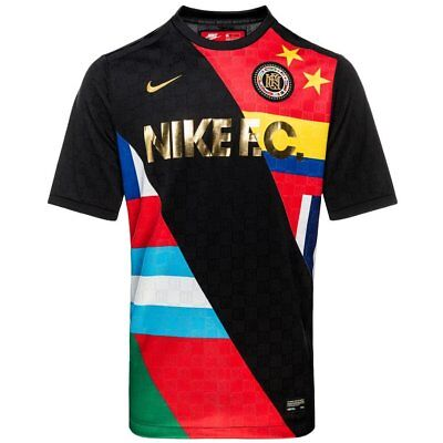 Nike FC T Shirt With Flag Print In Black 886872 014