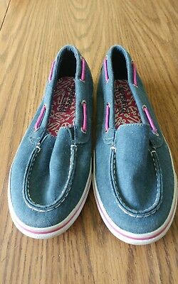 Girls 5M Navy blue Sperry boat shoes