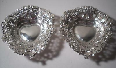 A Pair of Antique Silver Bon Bon / Nut Dishes : Chester 1897