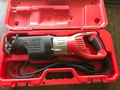 Milwaukee 6538-21 Super Sawzall 15-Amp Saw With Case. Dated 2017