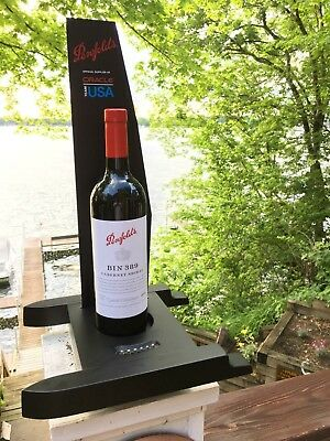 Americas Cup wine bottle stand