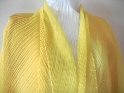 2 pieces set Yellow Scarf and Cardigan ISSEY Miyake PLEATS PLEASE