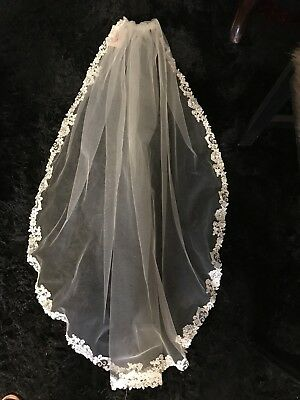 Bridal Veil New With Tag Liight Gold