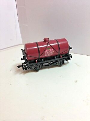 Bachmann Thomas Tank 'raspberry Tanker'  Excel Cond Pre Owned Start £15.00