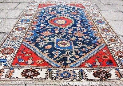 Persian Zanjan Vintage/Antique Authentic Hand Knotted Rug (195cm x 133 cm)