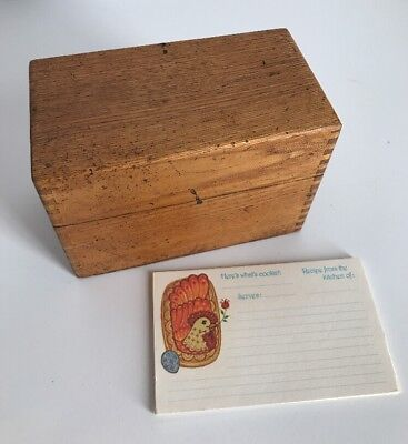 Primitive Antique RECIPE Box ~ Dovetailed Oak Wood w/Vintage Recipe Cards RUSTIC