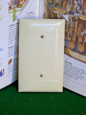 Vintage Bakelite Ivory Color SIERRA Blank Outlet Wall Plate Cover