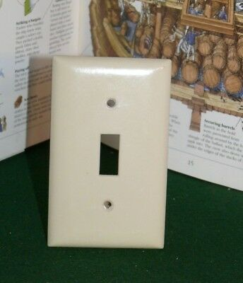 Vintage Bakelite Ivory Color SLATER Single toggle SWITCH Wall Cover Plate