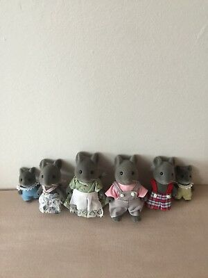 Sylvanian Families Thistlethorn Grey Mouse Family