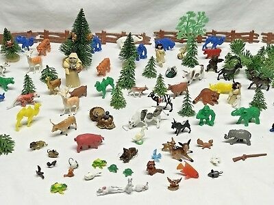 Large Lot  Vintage Playset Plastic Farm Animals People Fences Trees Toys Scene