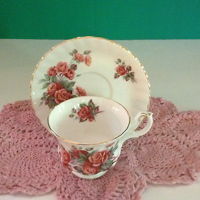 Vintage Royal Albert Bone China England Centennial Rose Tea Cup & Saucer set