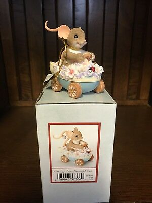 Charming Tails Figurine An Egg-stra Beautiful Ride 19386*Brand New In Box*