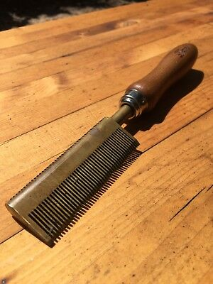Beautiful Vintage Hot Hair Comb Hair Straightener Brass With Wood Handle