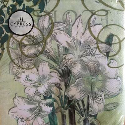 Paper Napkins / Serviettes Pack Of 20 White Lily Flower 3Ply